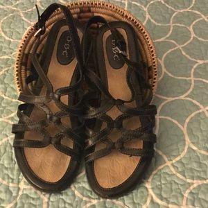 B.O.C Cora medium wide leather sandals. Sz.9M